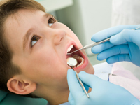 Do you see children and at what age my children first see the dentist