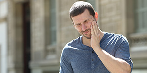 Emergency Dentist in Irving, TX Stresses the Important of Having an Emergency Dentist You Can Turn To